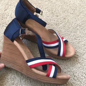 TOMS strappy wedges 🇺🇸 🇺🇸,9!Super cute